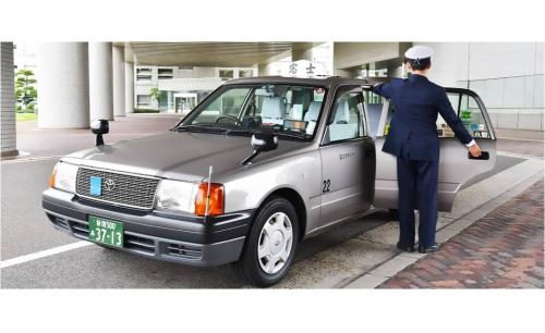 富士タクシー株式会社(初めてタクシー運転手になる方)の画像